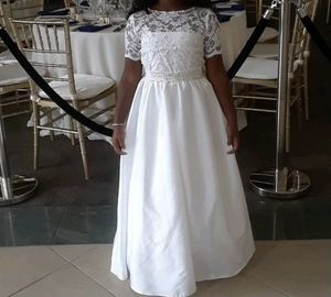 Size 8 flower girl dress for Sale in Hollywood, FL