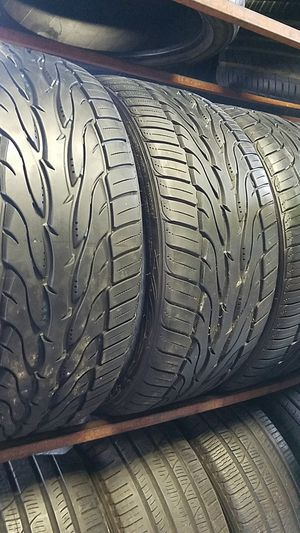 p265-35r22 set of 4 tires for Sale in San Diego, CA
