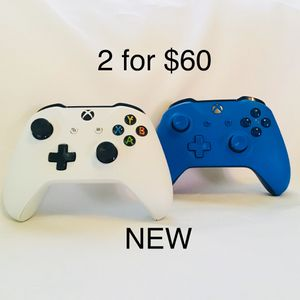 🎁 2 for $60 🎁 Xbox One Controllers 🎁 for Sale in Los Angeles, CA