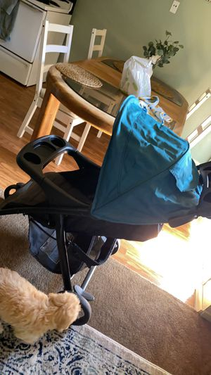 Free stroller for Sale in Pico Rivera, CA