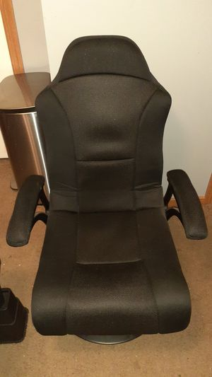 Gaming Chair for Sale in Northville, MI