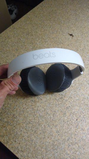 Beats solo 3 bluetooth headphones for Sale in Mesa, AZ