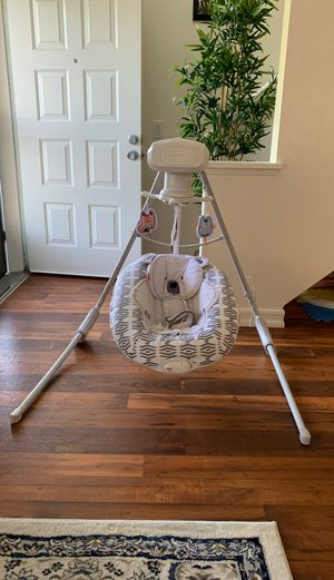 Baby Swing for Sale in Chula Vista, CA