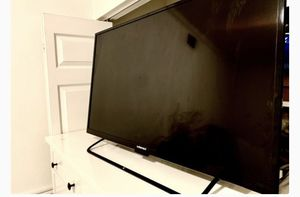55 inch tv good condition g element for Sale in Irvine, CA