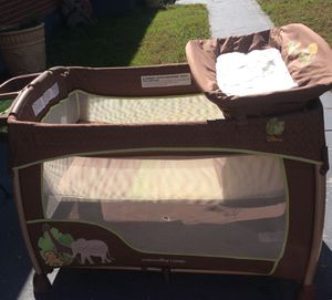 IntGenuity play yard/bassinet,plays music too-$65 firm-No holds for Sale in Portsmouth, VA