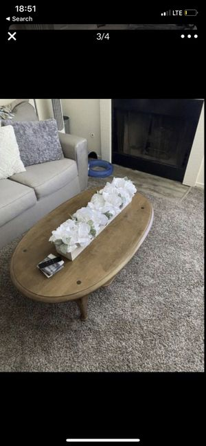 COFFEE table WOOD for Sale in Fresno, CA