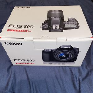 Canon 80D Bundle for Sale in Chicago, IL