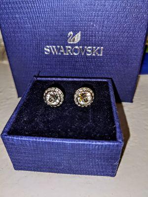 Swarvoski diamond stud earrings for Sale in Houston, TX