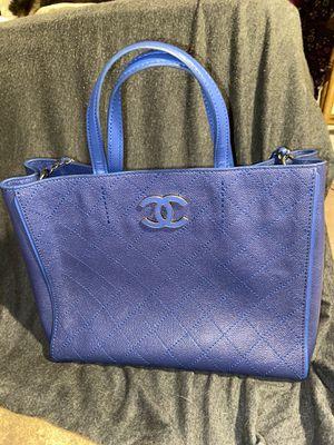 CHANEL 23rd series navy leather shoulder bag for Sale in Glendale, AZ