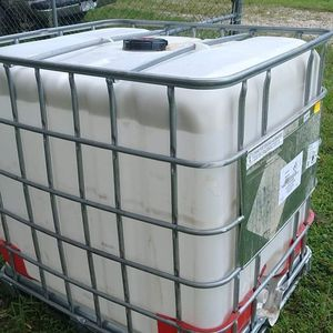 275 gallon tank for Sale in Kissimmee, FL