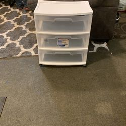 White Storage Containers 3 Draws for Sale in San Pablo,  CA