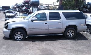 GMC Yukon for parts out 2012 for Sale in Miami Gardens, FL