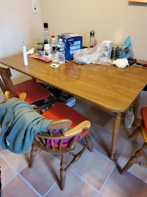 Solid hardwoods kitchen table with 2 folding sides and 4 chairs for Sale in Bensalem, PA