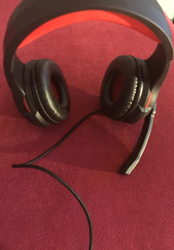 Comet Gaming Headphones (comes with pc adapter)