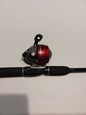 """Zebco 202 reel & Master 2 piece 6-6"""" rod ready to fish ! for Sale in San Diego, CA"""