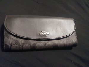 Authentic Coach wallet brand new for Sale in Salt Lake City, UT