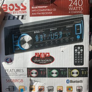BOSS Audio Systems Elite 560BRGB Car Stereo for Sale in Los Angeles, CA