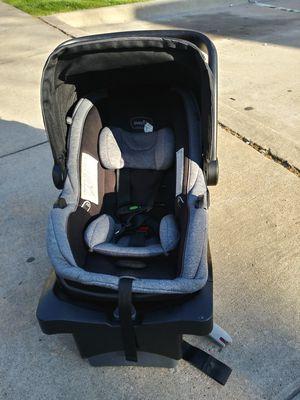 Car seat, base, stroller for Sale in Wichita Falls, TX