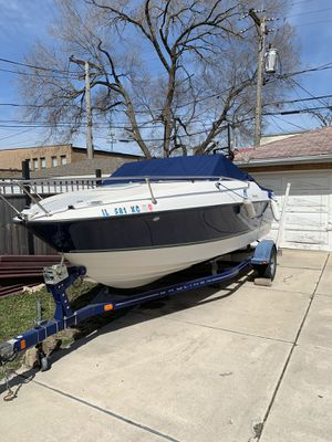 19ft Bayliner Discovery 192 w/trailer for Sale in Summit, IL