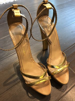 Ladies Platform Charlotte Olympia . Gold Metallic Heels8.5 or 9 N. Worn 2 times. for Sale in Dallas, TX