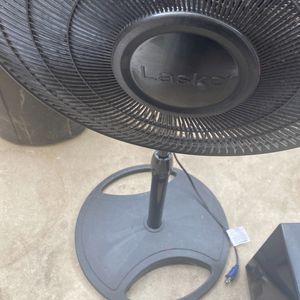 Ventiladores 2 6 Cada Uno for Sale in Los Angeles, CA