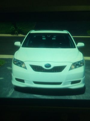 Only $1500 white2008 Toyota Camry see.if you are really interested please email me at: bren333da@Gmail*Com for Sale in Gaylord, MI