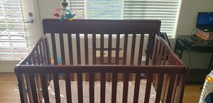 Graco Wooden Baby Crib for Sale in Englewood, CO