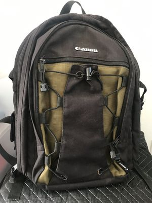 Canon camera bag pack for Sale in Los Angeles, CA