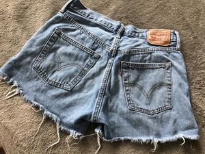Vintage Levi's Shorts size 27 for Sale in Houston, TX