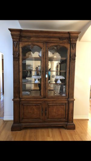 Curio display china cabinet and dining table for Sale in La Cañada Flintridge, CA