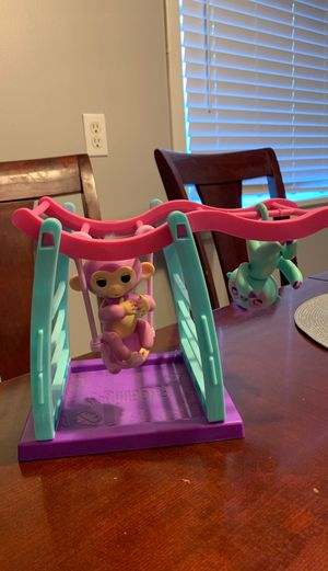 Fingerlings Set for Sale in Puyallup, WA