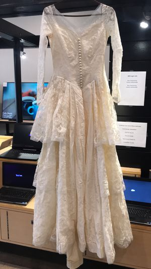 Vintage 1940s wedding dress/Halloween costume for Sale in St. Louis, MO