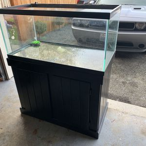 55 GALLON FISH TANK for Sale in Seattle, WA