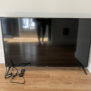"LG 50"" Inch 4K Flat screen TV for Sale in Seattle, WA"