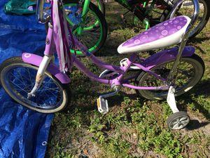 Nice girl bike for Sale in Tampa, FL