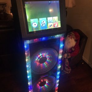 Bluetooth Speaker With Lights for Sale in Houston, TX