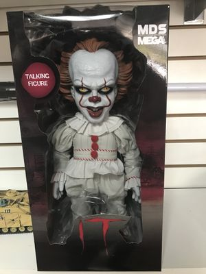 "IT! Pennywise Clown Doll MDS Mezco Designer Series Mega Scale Talking Figure 15"" Inch for Sale in La Habra, CA"