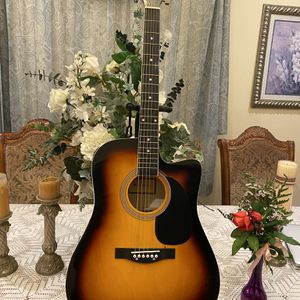 sunburst fever acoustic guitar with metal strings for Sale in Bell Gardens, CA