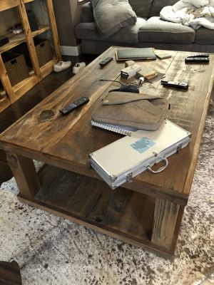 Farmhouse coffee table large for Sale in Atwater, CA