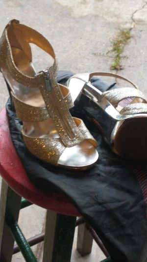 Michael kor champagne heels sz 11 for Sale in OH, US