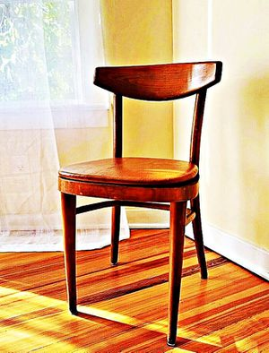 Wooden Shelby Williams Industries MCM chairs (4) with leather seat cushion. for Sale in Beverly, WV