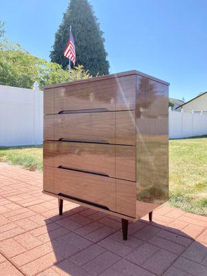 Mid-Century Dresser for Sale in Auburn, WA