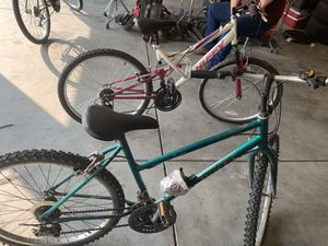 Two Huffy mountain bikes for Sale in Clovis, CA
