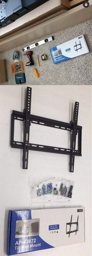 New in box 32 to 50 inches tilt tilting tv television wall mount bracket flat screen soporte de tv for Sale in Whittier, CA