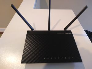 Asus RT-N66U router for Sale in La Mesa, CA
