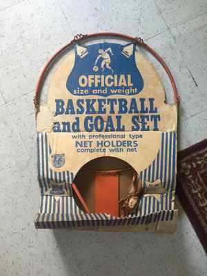 Old basketball hoop vintage for Sale in Washington Township, NJ