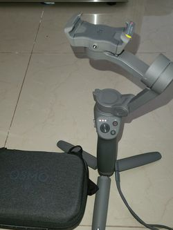 DJI GIMBAL OSMO 3 SOFTLY USED for Sale in Chicago,  IL