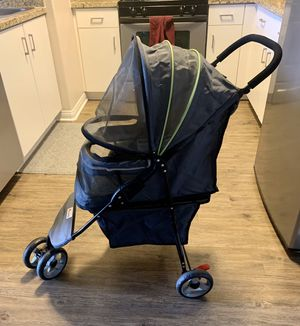 Good2go Small dog stroller for Sale in Los Angeles, CA