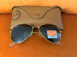 Brand New Authentic Aviator Sunglasses for Sale in Milwaukee, WI