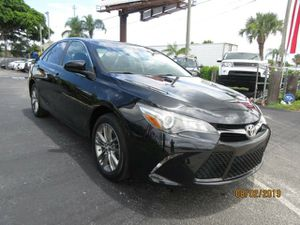 2016 Toyota Camry for Sale in Hialeah, FL